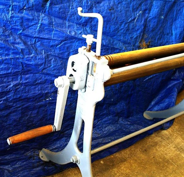 Edwards Roller 40 inch by 2 inch sheet metal roller